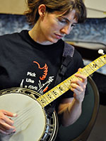Casey Henry playing banjo